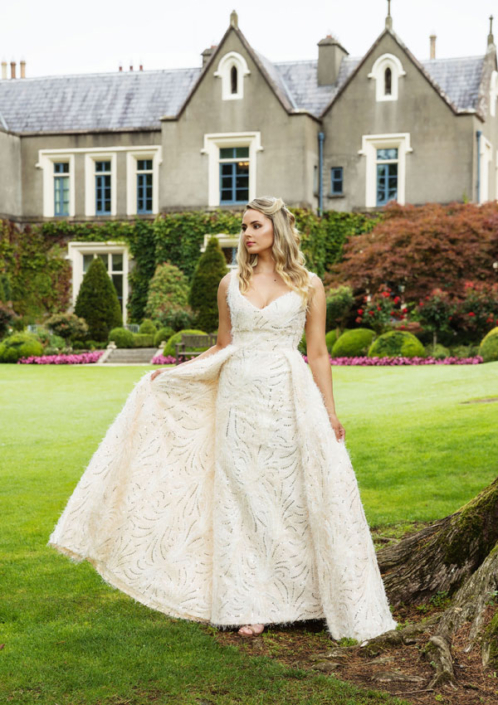 Sample Dresses For Sale Barely Blush Bridal Gown Size 8-10 €450