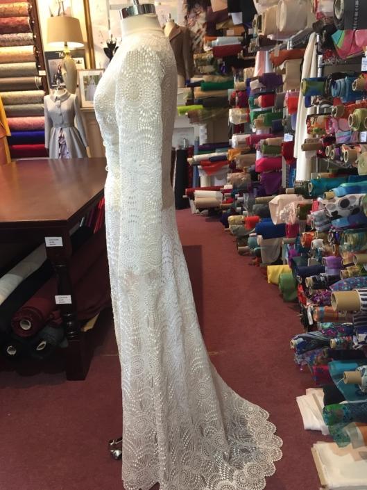 Sample Dresses For Sale Guipure Lace Bridal Coat Size 8-10 €150
