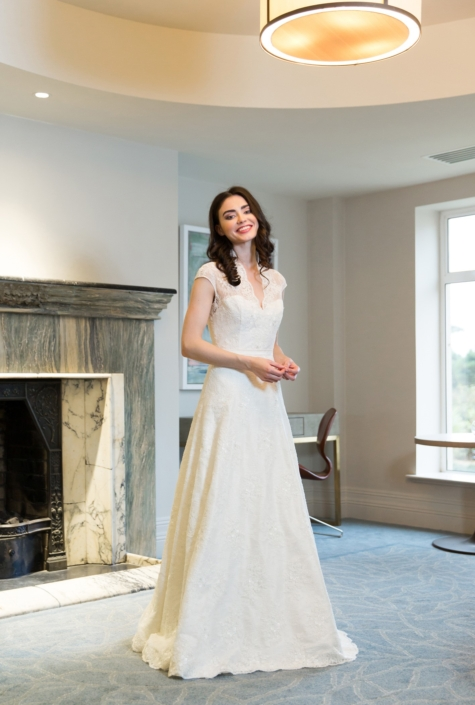 Sample Dresses For Sale Ivory Dupion Silk and Lace wedding dress Size 10-12 €500