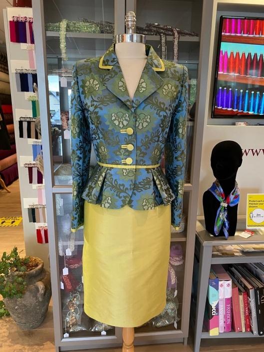 sample dresss for sale roisin cross silks dublinSilk Brocade Jacket and Skirt Two Piece Size 8 €240